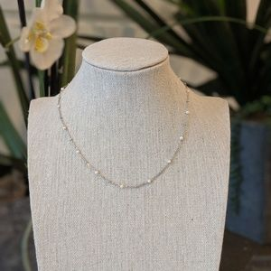 Jewelry - Silver Necklace w/ pearls